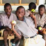 Jouw oude tennisballen in Kenia
